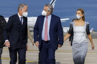 Fernández recibirá a ocho empresarios franceses y luego se reunirá con Macrón -  -