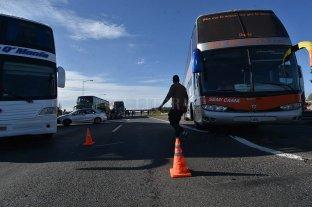Si no hay respuestas, transportistas de turismo cortarían también la Ruta 168 -  -