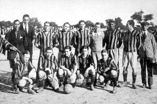 Epoca de foot-ball santafesino, míticos clubes locales y su organización colectiva