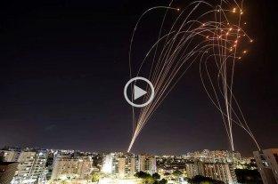 Tensión en Oriente Medio: Hamas lanzó 130 cohetes contra Tel Aviv y hay más de 30 muertos