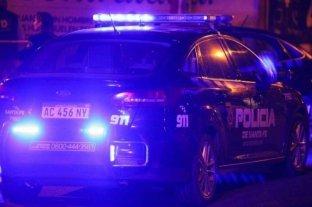 Rosario: asesinan a un joven en la puerta de su casa