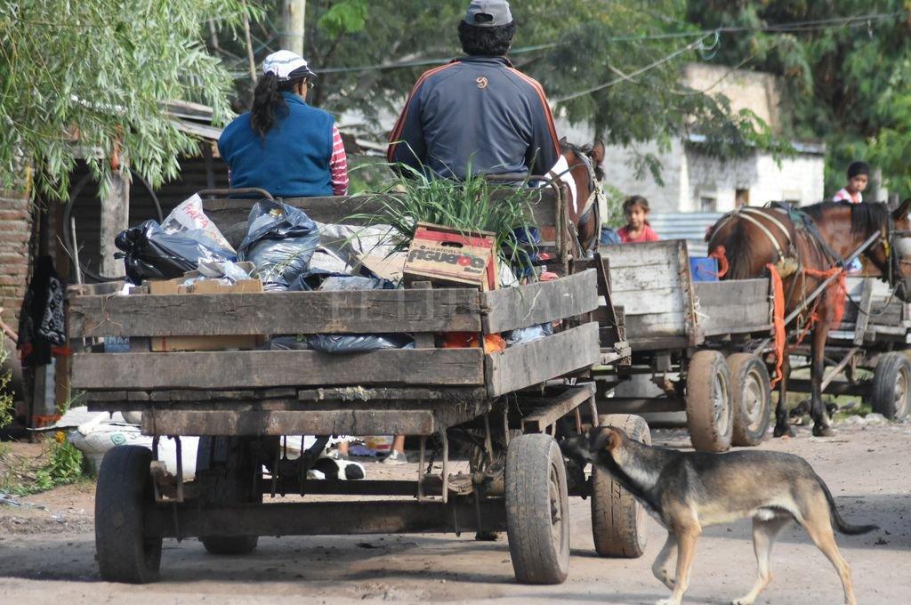 En nuestro país el 42% de las personas están en situación de pobreza. Hombres y mujeres sin trabajo y sin hogar. Familias y niños en situación de miseria. Crédito: Mauricio Garín
