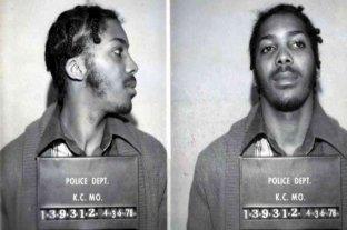 Estados Unidos: un hombre pasó 43 años preso por un triple asesinato que no cometió