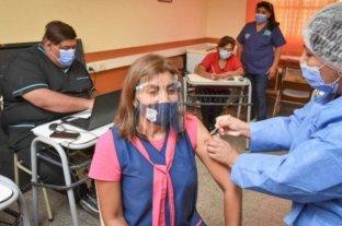 Piden en Córdoba que se priorice la vacunación de los docentes