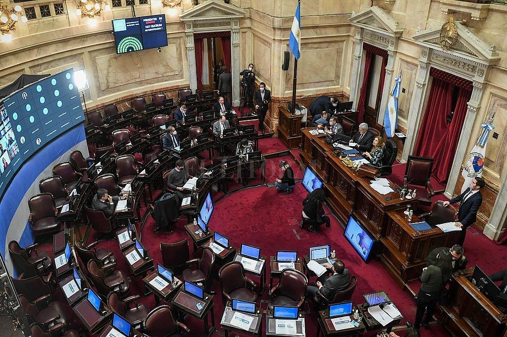 Senado: el Frente de Todos aprobó un proyecto para que los giros del FMI no se destinen a pagar deuda