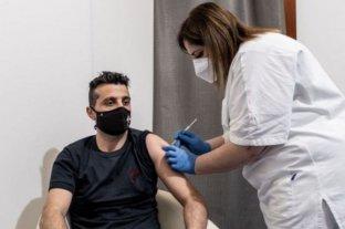 La OMS quiere que los países ricos donen vacunas en lugar de aplicarla a los jóvenes