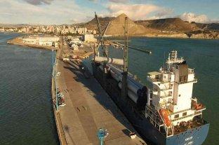 Amarró en el puerto de Comodoro Rivadavia un pesquero con 22 tripulantes con coronavirus