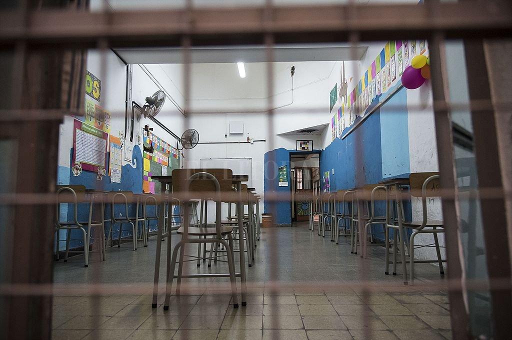 En el 96,7% de las escuelas se adoptó la modalidad de burbujas para mantener la distancia social en el aula, mientras que solo el 18,3% adoptó por la presencialidad total. Crédito: Marcelo Manera