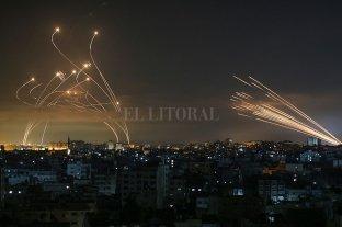 """Cómo funciona el """"sistema de aviso"""" que usa Israel antes de atacar objetivos civiles"""