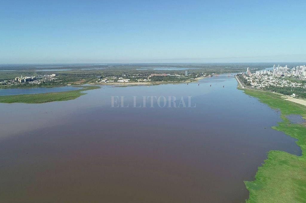 La laguna Setúbal, un claro reflejo de la bajante.  Crédito: Fernando Nicola