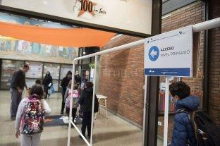 Cómo continúan las clases en Santa Fe  - Rosario y San Lorenzo son los únicos departamentos que durante esta semana tendrán restricciones -parciales, solo para el secundario- en la presencialidad escolar. -