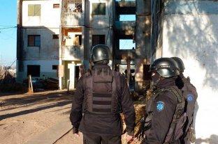 Herida al escapar de un incendio en barrio Acería