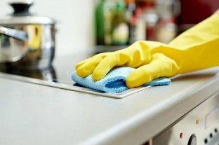 Personal doméstico: aumentaron los aportes que deben pagar los empleadores