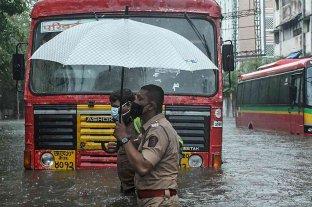 India: al menos 24 muertos y 96 desaparecidos tras el paso del ciclón Tauktae