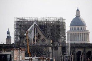 Cerraron la plaza de Notre Dame en París por alta concentración de plomo