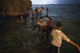 """España en alerta por la llegada """"récord"""" de migrantes desde Marruecos en las últimas horas"""
