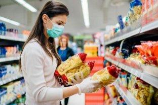 ¿Sigue siendo necesario desinfectar todo después de hacer las compras ?