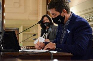 El Senado apura a la Casa Gris para que compre vacunas contra el Covid