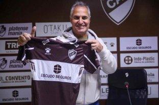 """Leonardo Carol Madelón: """"Quiero que haya una identidad de equipo para el hincha de Platense"""""""