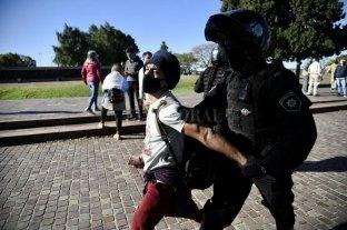Video: Marcha contra la cuarentena con detenidos y disturbios en Rosario