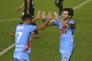 Arsenal venció a Bolivar y llegó a los octavos de final de la Copa Sudamericana
