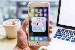 """""""Schmooze"""": la app que ayuda a conseguir pareja según las preferencias por los memes"""