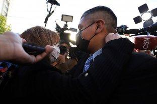 """Bullrich se abrazó con Chocobar y sostuvo que """"esta condena no reconoce el trabajo policial"""""""