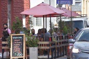 Restricciones en Santa Fe: vuelven comercios y gastronomía pero se mantiene la circulación acotada