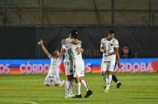 Colón derrotó a Independiente y es finalista de la Copa de la Liga Profesional