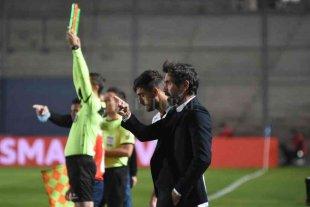 """Eduardo Domínguez: """"Estar en la lucha por el título me da mucha felicidad"""""""