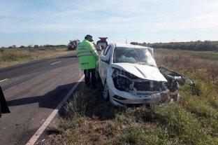 Siniestro vial entre un auto y un tractor dejó dos lesionados en el norte santafesino