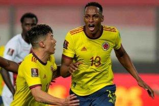 Colombia goleó a Perú en Lima y extendió el mal momento de Gareca