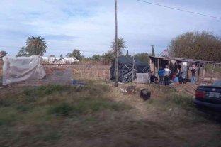 Coronda: preocupación de vecinos por el avance de asentamientos en terrenos ferroviarios