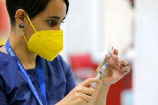 Chile: investigan al menos 30 casos de desmayos tras recibir la vacuna monodosis CanSino