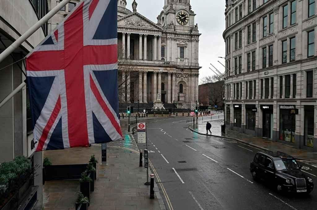 Inglaterra comenzó estas últimas semanas un proceso de relajamiento de las restricciones para los comercios y reanudación de la vida normal de las personas.    Crédito: Gentileza