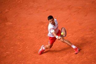Djokovic quiere agigantar su leyenda en la final ante Tsitsipas