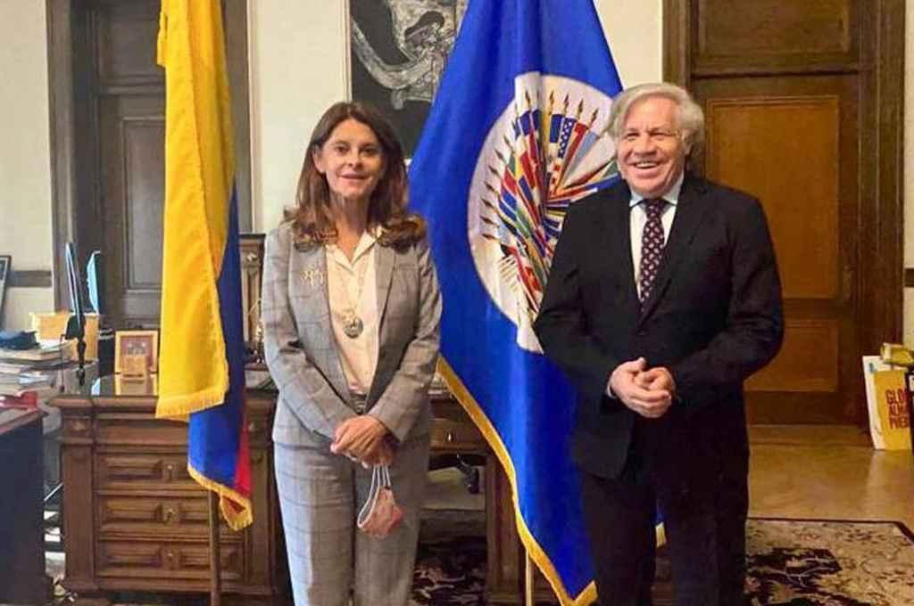 Marta Lucía Ramírez, vicepresidenta de Colombia, junto a Luis Almagro, titular de la OEA.    Crédito: Gentileza