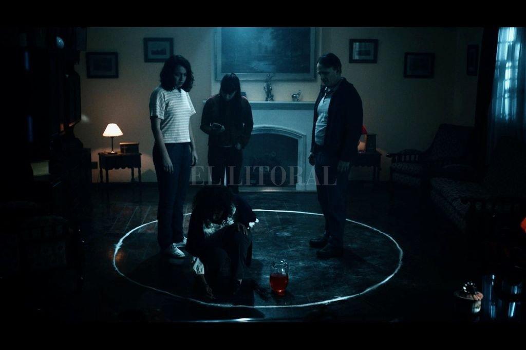 """""""La funeraria"""" está protagonizada por Luis Machín, Celeste Gerez y Camila Vaccarini. Crédito: Del Toro Films"""