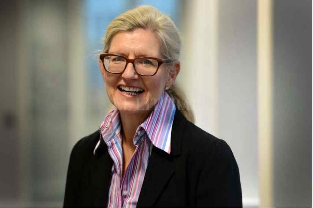 A sus 41 años, Debbie Hewitt será la primera mujer en dirigir la Football Association Crédito: Gentileza