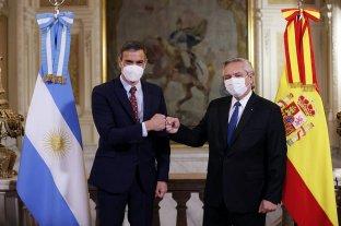 El presidente español pidió que se acepte la vacuna Sputnik V para ingresar en la UE