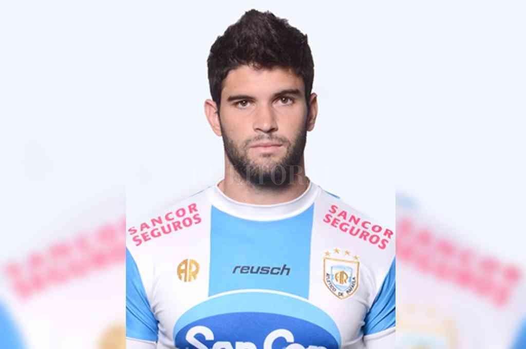 Nicolás Orsini con la camiseta de Atlético de Rafaela, con la cual debutó en Primera. Crédito: Archivo