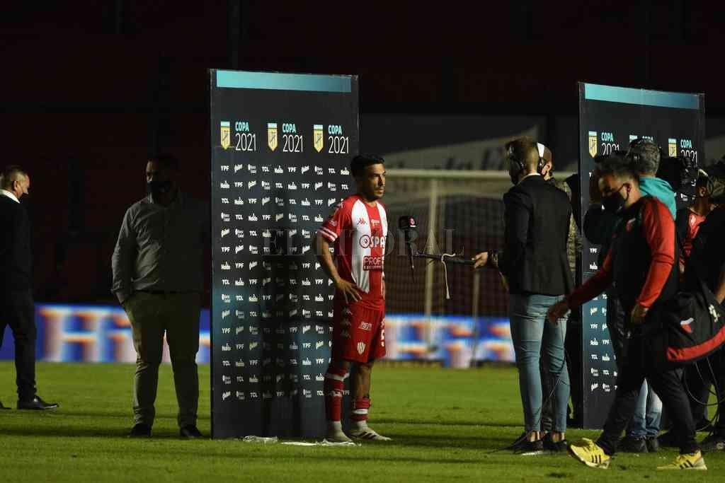 Nelson Acevedo, el jugador que es prioridad para que siga en Unión. Crédito: Manuel Fabatía