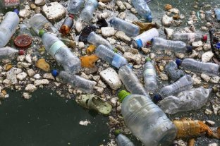 Estos son los diez países que vierten más plástico a los océanos
