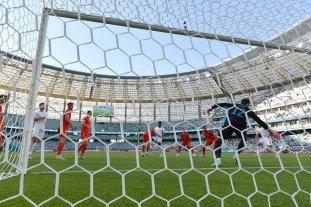 Gales y Suiza igualaron e Italia quedó como único líder