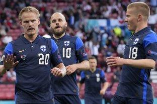 Finlandia consiguió un triunfo histórico tras el susto de Eriksen