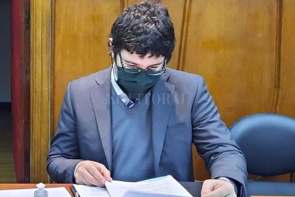 La medida cautelar para ambas personas fue solicitada por el fiscal Matías Broggi (foto) e impuesta por el juez Gustavo Urdiales. Crédito: El Litoral