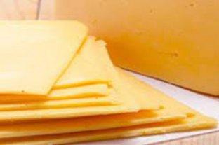 La ANMAT prohibió la elaboración y venta de una marca de queso Tybo