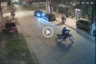 Video: motochorros le dispararon cuatro veces a una familia para robarle el auto