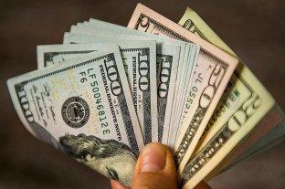 """El dólar """"blue"""" sube a $ 166 y alcanza al dólar """"ahorro"""""""