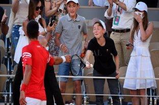 """El """"entrenador"""" que tuvo Djokovic en las tribunas, tuvo su recompensa"""
